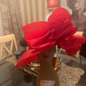 Red ruffled bow satin hat